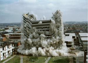 Vieil-immeuble-démoli
